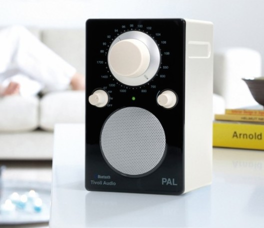 Tivoli PAL Bluetooth  in black
